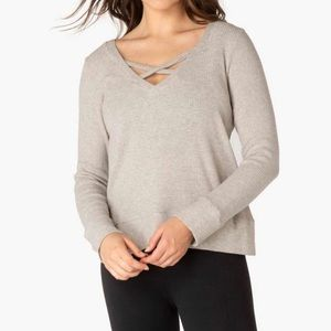 beyond yoga in line reversible pullover oatmeal